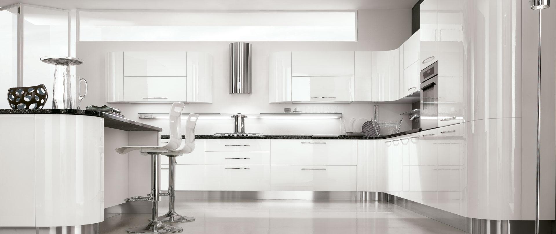 00-cucina-moderna-gaia-bianca-curva - Cucinissima