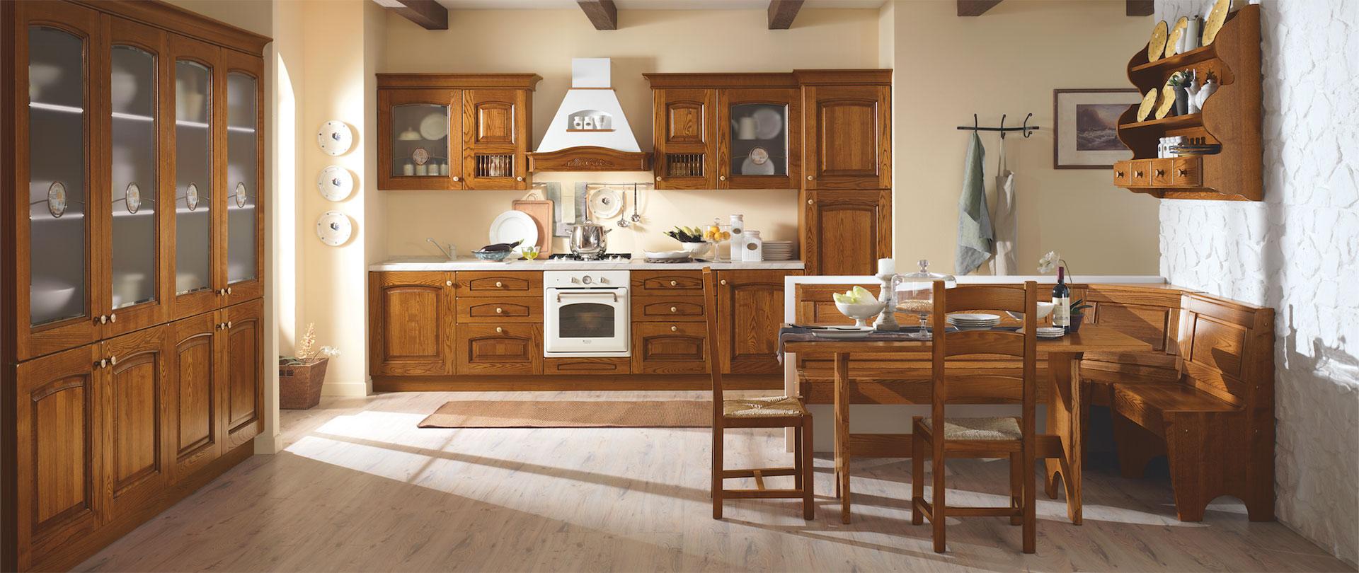 Cucine classiche cucinissima for Cucine di pregio